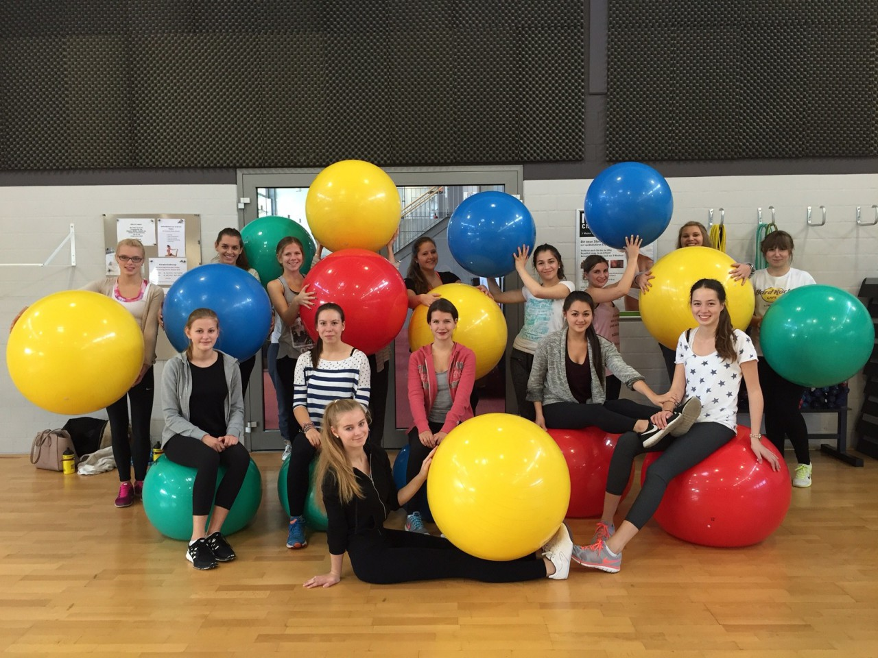 Gymnastik und Tanz-Sportkurs Q2
